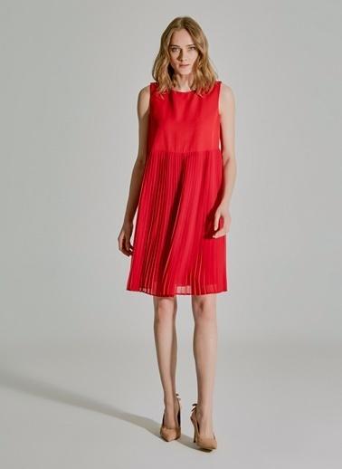People By Fabrika Piliseli Elbise Kırmızı